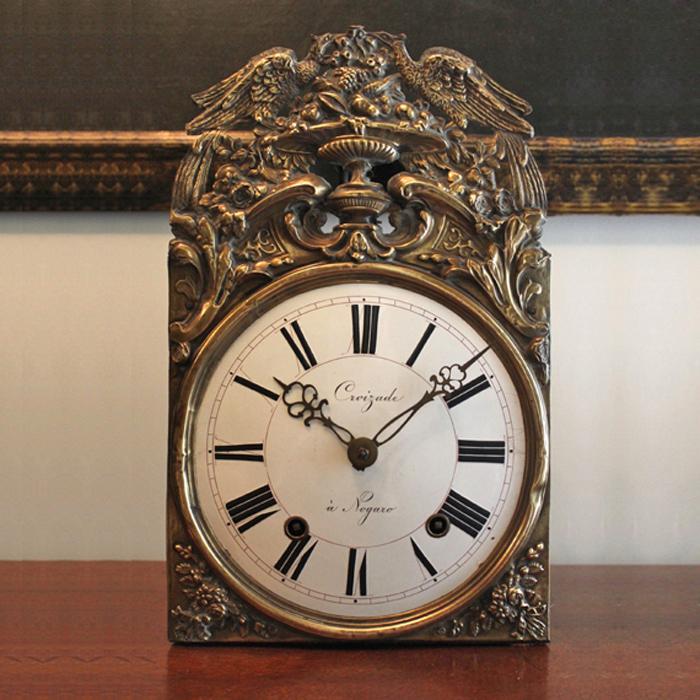 Orologi da parete strani orologi da parete strani with for Case in stile arti e mestieri